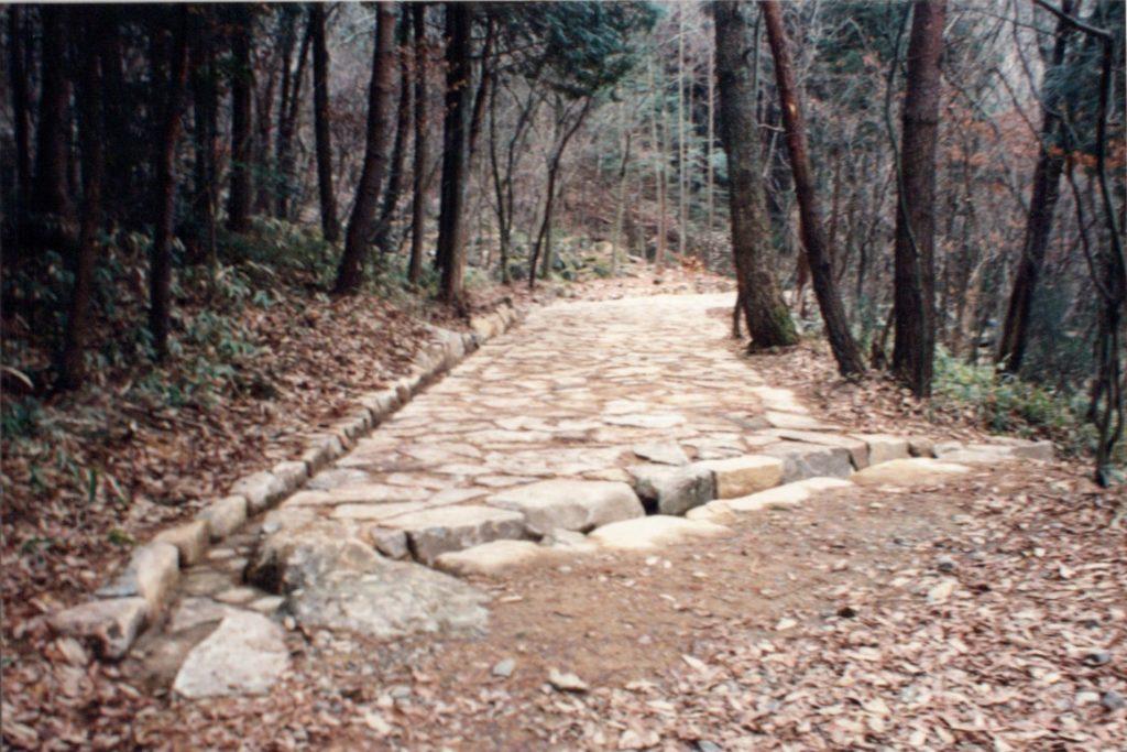 中山道石畳修復工事