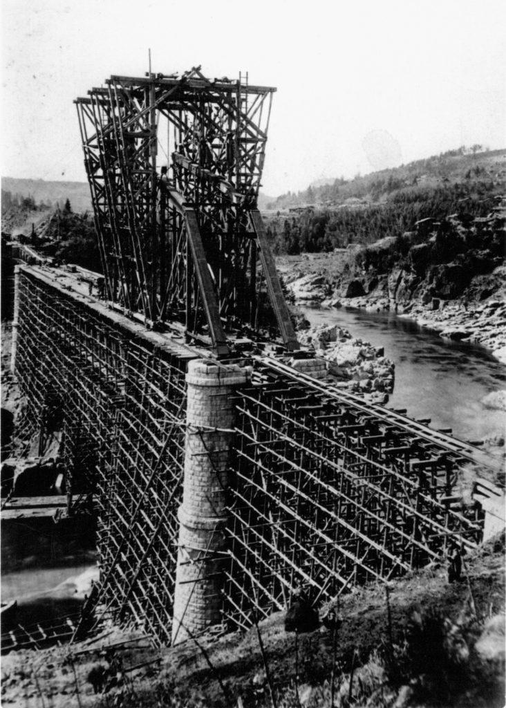 木曽川鉄橋架設工事